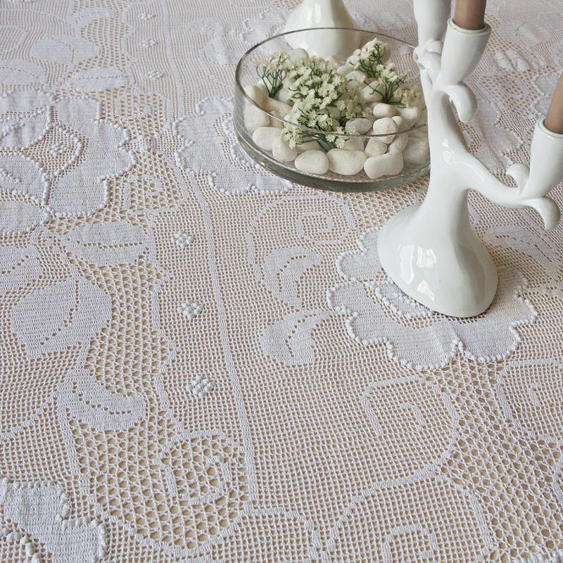 Copritavolo A Uncinetto.Uncinetto Table Cover Ricami E Pizzi
