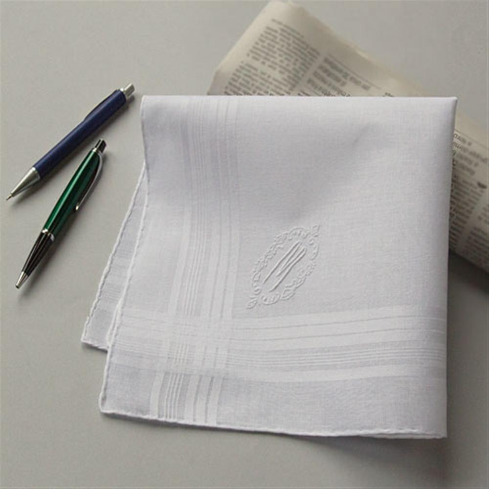 3 fazzoletti bianchi ricamati personalizzati con le iniziali a scelta