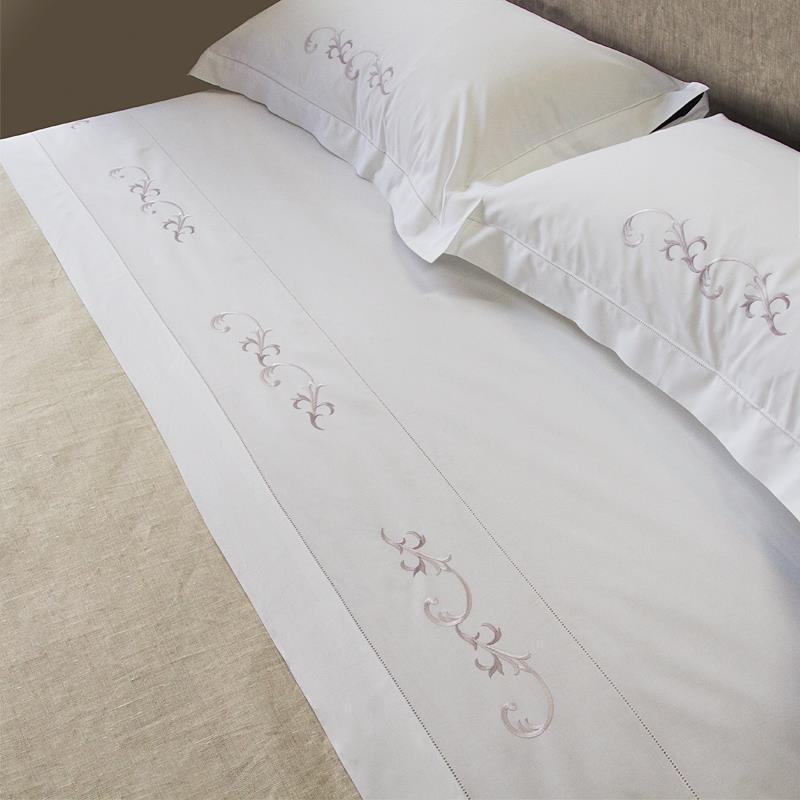 Parure lenzuolo arabesco ricami e pizzi - Biancheria da letto vendita on line ...